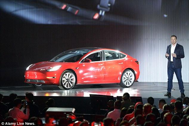 """Elon Musk """"khoe"""" dàn AI khủng chuyên dành lắp ráp cho xe Model 3 - Ảnh 4."""