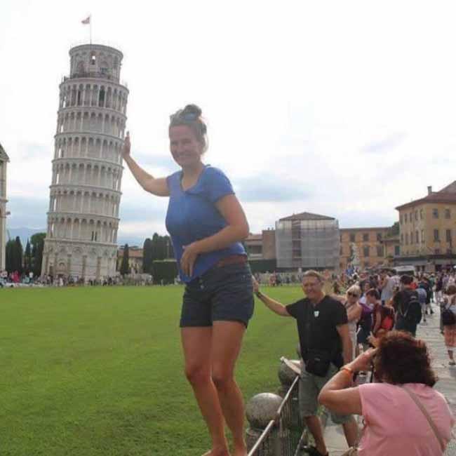 15 khoảnh khắc khôi hài của những người đang chụp ảnh thì bị phá đám - Ảnh 4.