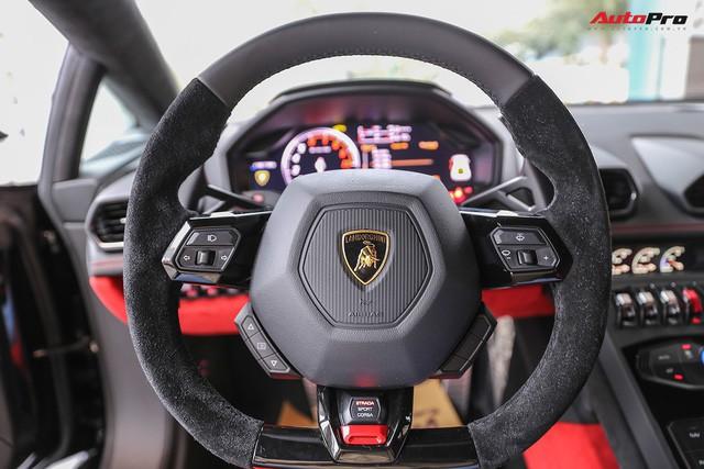 Lamborghini Huracan màu đen đầu tiên Việt Nam đã có chủ nhân - Ảnh 3.