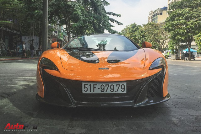 McLaren 650S Spider từng của Minh Nhựa tái xuất trên đường phố Sài Gòn - Ảnh 3.