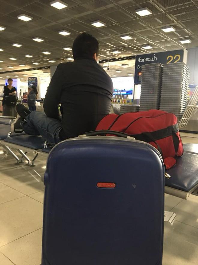 Nhật ký tuần vỡ mật đầy bão táp của đôi vợ chồng son: Sang Thái Lan du hí thì phát hiện quên ví, suýt phải trải áo xin tiền giữa Bangkok - Ảnh 4.