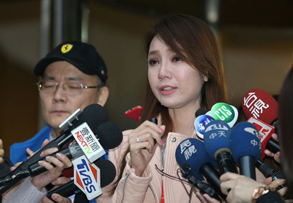Dấu ấn mờ nhạt của Helen Thanh Đào trong showbiz Việt và Đài - Ảnh 1.