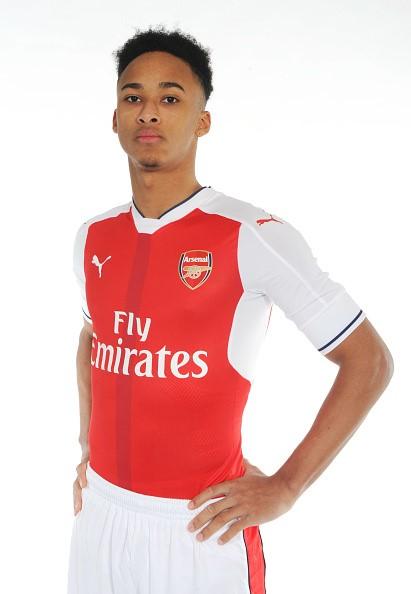Arsenal ra mắt tân binh đầu tiên trong tháng 1 - Ảnh 5.