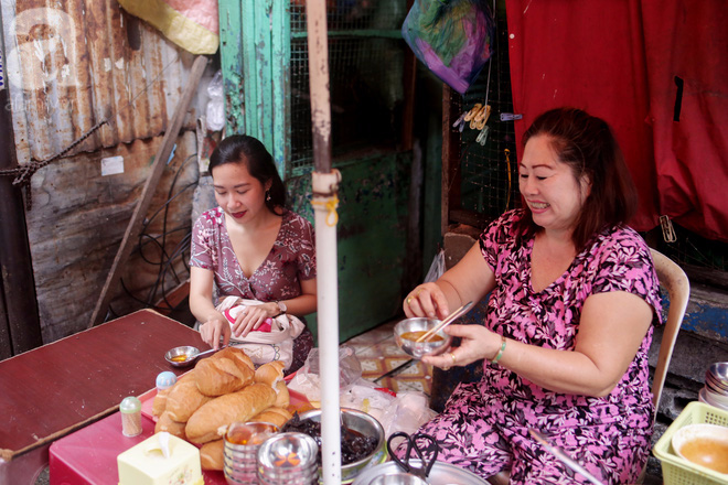 Chuyện cô Ba Sài Gòn có nụ cười giòn tan: Bán phá lấu 28 năm, nuôi 7 miệng ăn và mua nhà 3 tỷ - ảnh 5