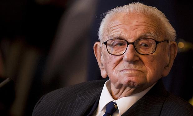 Giữa trường quay, người anh hùng của thế kỷ 20 nín lặng khi biết khán giả là 669 đứa trẻ ông từng cứu sống - Ảnh 6.