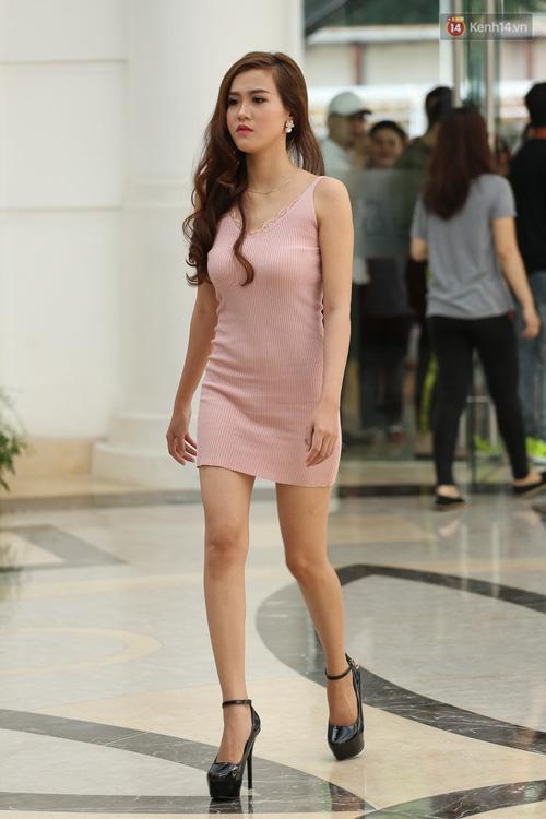 Ngỡ ngàng trước nhan sắc của nhiều thí sinh tham gia Hoa hậu Hoàn vũ miền Nam - Ảnh 5.