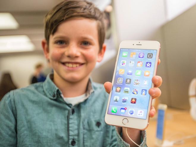 Trưởng bộ phận thiết kế của Apple: Ngày càng có nhiều người sử dụng iPhone sai cách - Ảnh 5.
