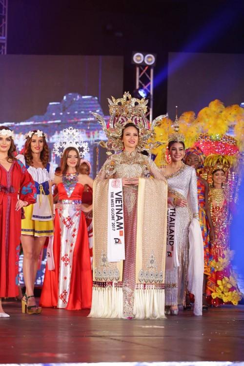 HOT: Khánh Ngân đăng quang Hoa hậu Hoàn cầu 2017 - Ảnh 5.