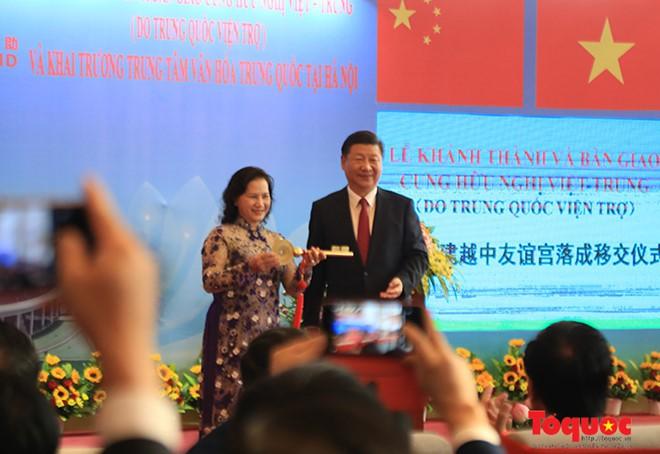 Tổng Bí thư, Chủ tịch Trung Quốc Tập Cận Bình dự lễ khánh thành Cung hữu nghị Việt - Trung - Ảnh 5.