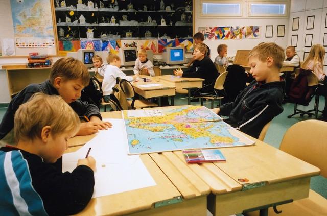 Có gì ở nền giáo dục đáng ghen tị nhất thế giới: Không bài tập, ít kiểm tra mà học sinh vẫn giỏi? - Ảnh 5.