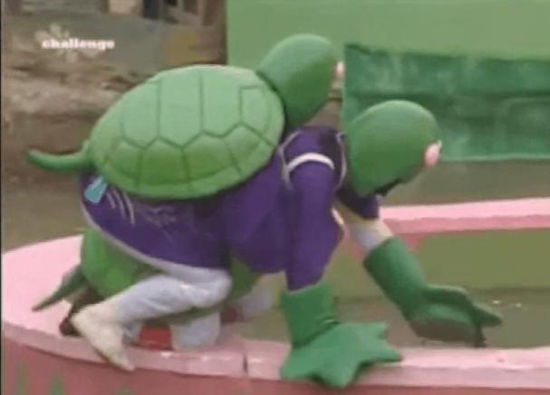 Còn thiếu hai cậu rùa và một con chuột nữa là đủ bộ Ninja rùa TMNT rồi.