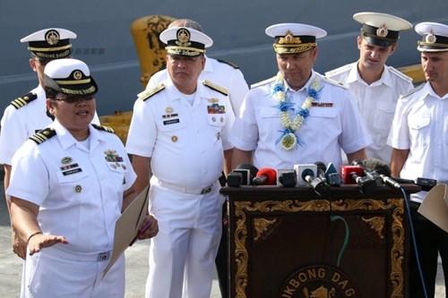 Mục kích chiến hạm lừng danh Nga cập cảng Philippines - Ảnh 5.