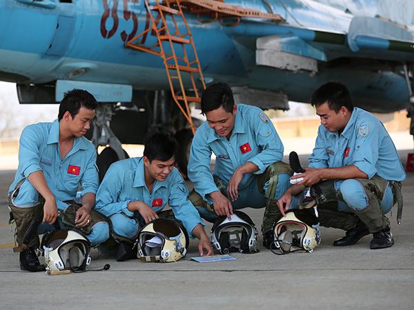 Các Trung đoàn thuộc Sư đoàn 370 và 372 tổ chức thành công ban bay đầu Xuân - Ảnh 6.