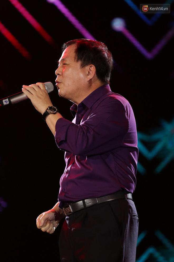 Clip hot nhất hôm nay: Sơn Tùng M-TP và Phó tổng Giám đốc Viettel đã song ca cùng nhau! - ảnh 6