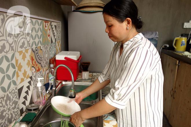 Phận bạc người phụ nữ cả đời làm osin (P2): Làm việc 22/24, cả ngày chỉ ăn 1 bữa cơm thừa, suýt kẹt ở Dubai - ảnh 6
