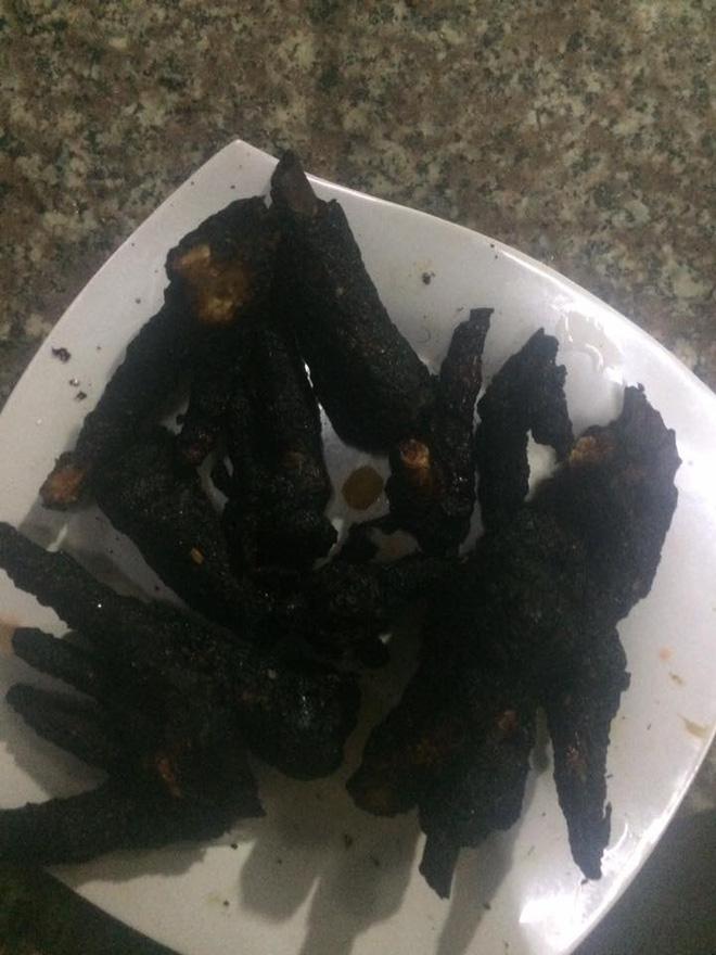 Khoe khéo khoe đảm xưa rồi, chị em giờ đang có mốt mới: Khoe nấu nướng vụng về - ảnh 6