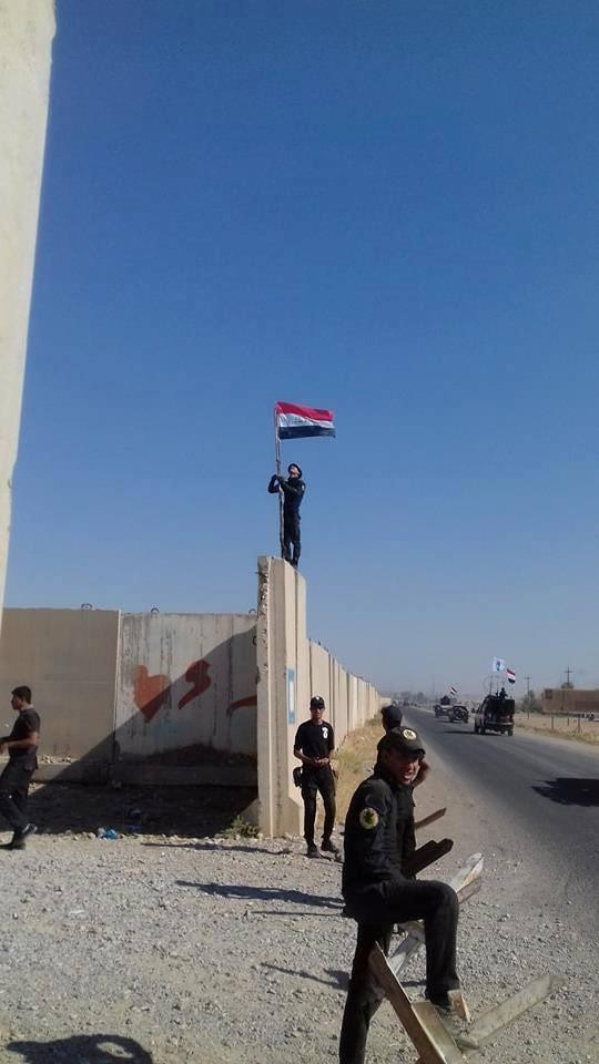 Iraq tung quân tấn công người Kurd, thùng thuốc súng Trung Đông chực nổ - Ảnh 5.