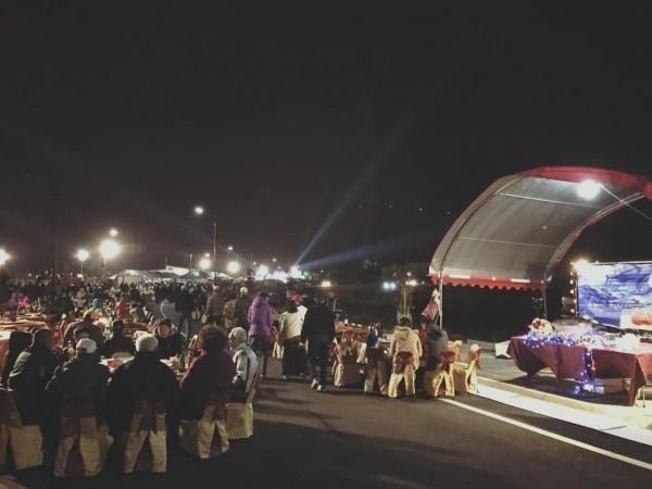 Dựng tới 600 bàn cỗ trên đường, đám cưới ở Đài Loan khiến cư dân mạng sửng sốt vì chơi sang - Ảnh 6.