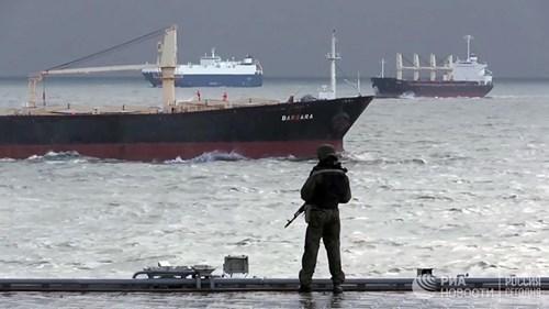 [ẢNH] Khoảnh khắc đẹp của tàu sân bay Nga tham chiến ở Syria - Ảnh 6.