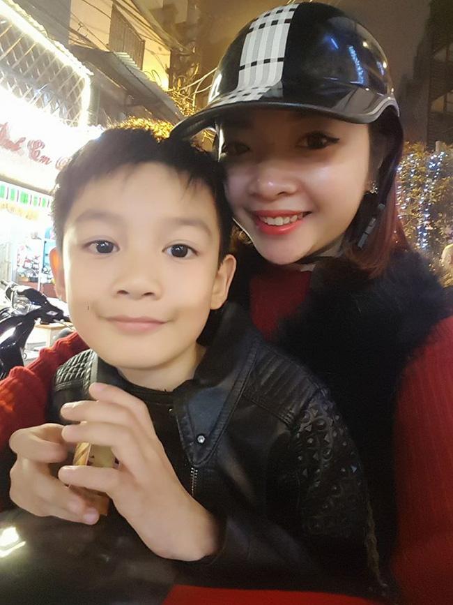 Bà mẹ kế xinh đẹp và hành trình chinh phục con chồng quá dễ thương khiến ai nghe cũng phải tủm tỉm cười - Ảnh 7.
