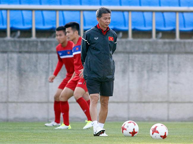 Hot boy U20 VN khiến HLV Hoàng Anh Tuấn âu lo - Ảnh 7.