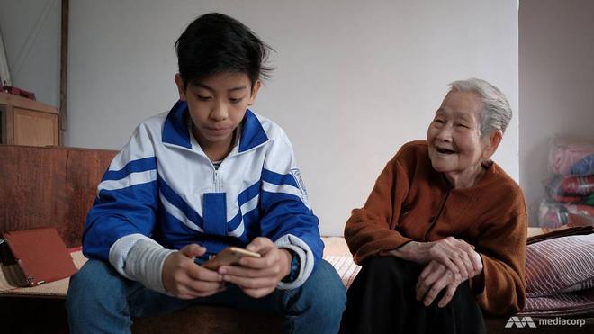 Ở tuổi 97, cụ bà này được phong là cụ bà sành sỏi Internet nhất Việt Nam - Ảnh 7.