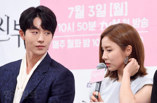 Sự thật đằng sau loạt ảnh Nam Joo Hyuk o bế mỹ nhân mặt đơ, bơ đẹp bạn gái cũ Lee Sung Kyung - Ảnh 7.
