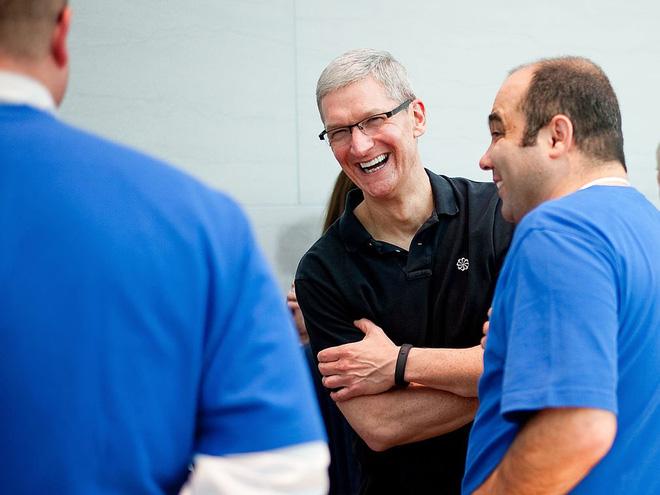 Một ngày bình thường của CEO Tim Cook – người bán iPhone đắt nhất lịch sử: Thức dậy từ 3:45 a.m, nhận 800 email mỗi ngày - Ảnh 7.