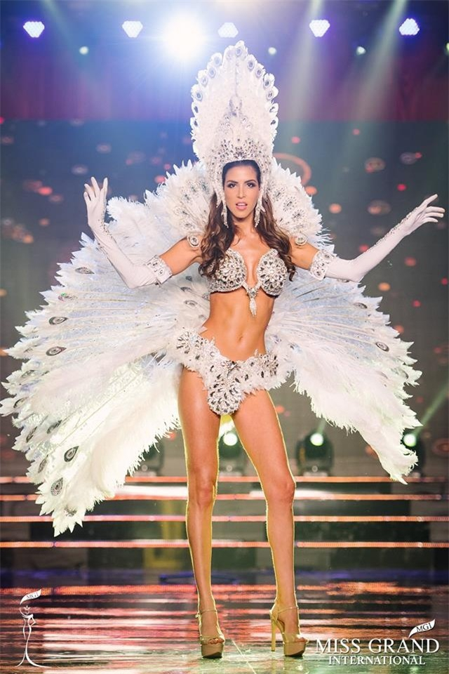 Maria Jose Lora - cái tên được nhắc đến nhiều nhất sau đêm chung kết Miss Grand International 2017 - Ảnh 8.