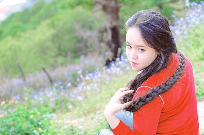 Cô gái Sài Gòn nuôi tóc dài 2m kiếm tiền triệu nhờ clip khoe tóc trên Youtube - Ảnh 7.