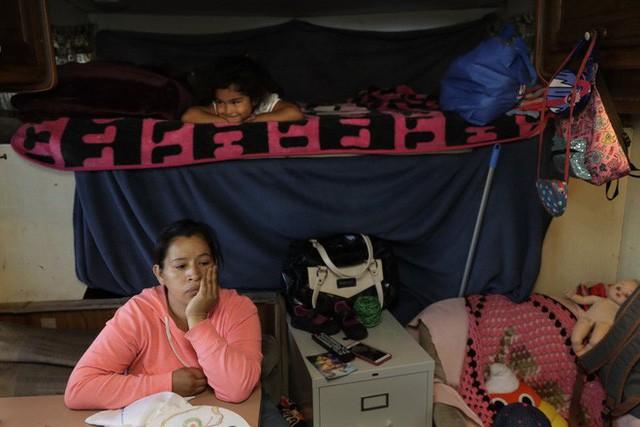 Góc khuất ở Thung lũng Silicon, nơi những người có việc làm ổn định vẫn phải sống như vô gia cư - Ảnh 7.