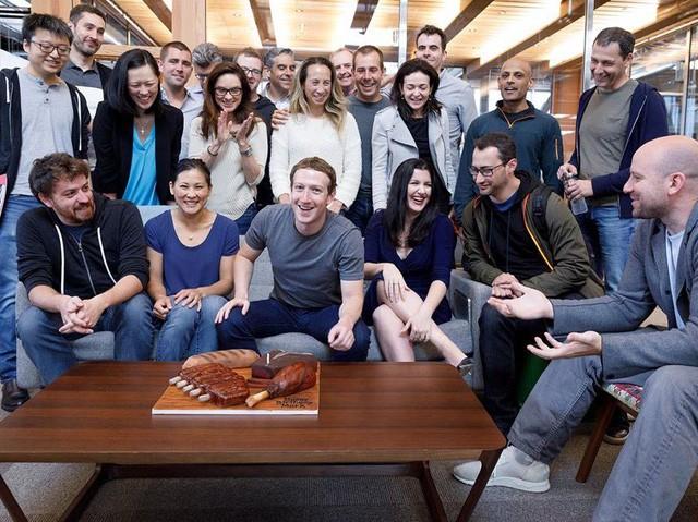 Quyết định ít nhất có thể là cách để Mark Zuckerberg điều hành Facebook nhưng vẫn có thời gian chăm con  - Ảnh 7.