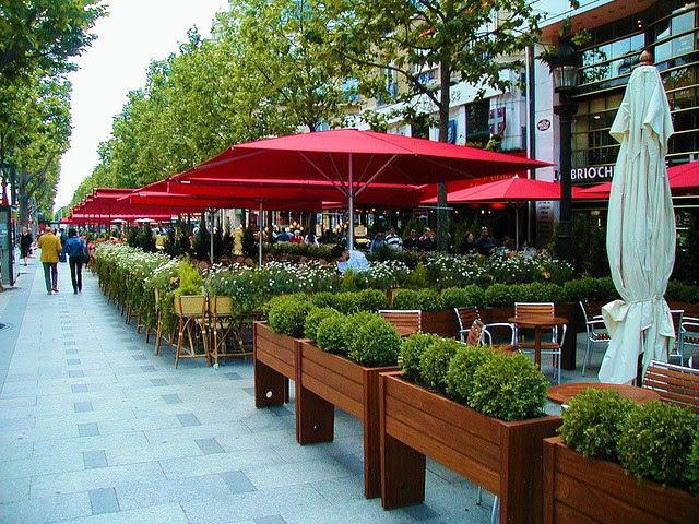 Những khu phố hấp dẫn nhất thế giới không chỉ có vỉa hè thông thoáng - Ảnh 8.