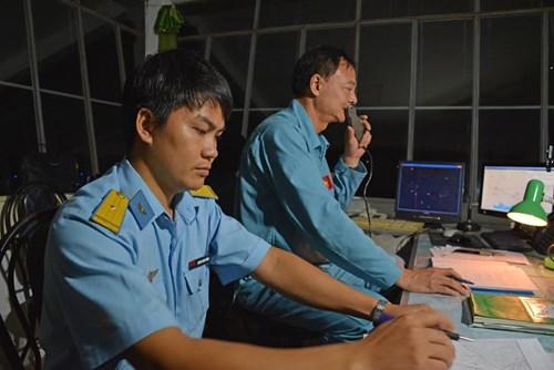 Sư đoàn Không quân 370 thực hành diễn tập bắn đạn thật - Ảnh 8.