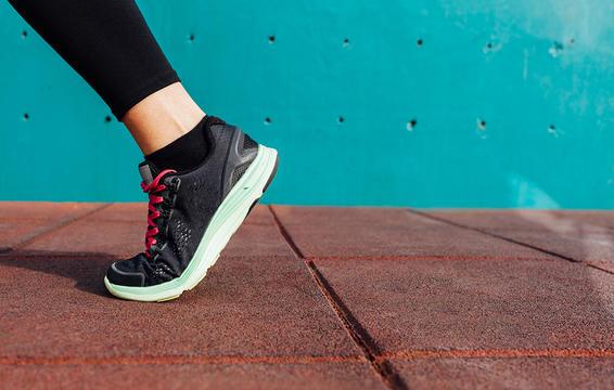 6 tư thế yoga giúp giảm đau hông hiệu quả mà vô cùng đơn giản để thực hiện - Ảnh 7.