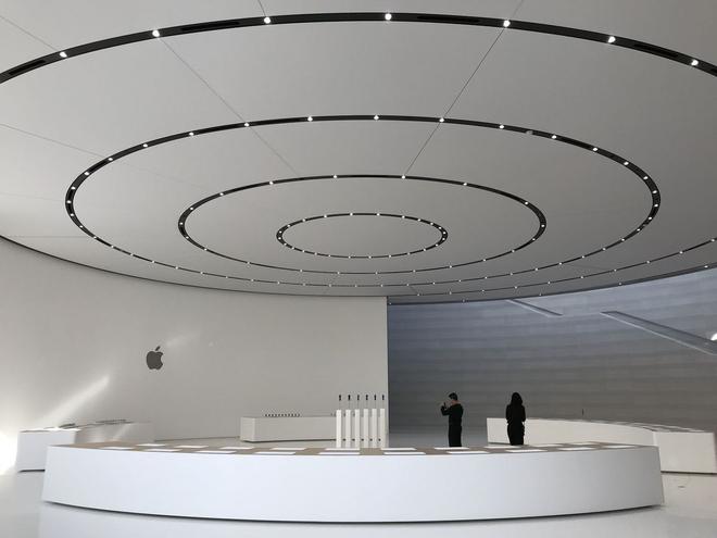 Bên trong Nhà hát Steve Jobs - nơi diễn ra sự kiện Apple - một tuyệt tác như chính chiếc iPhone vậy - Ảnh 8.