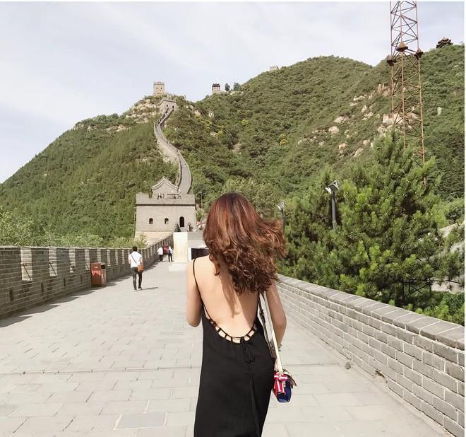 Đừng chỉ nói về nhan sắc dao kéo, Hoa hậu Đại Dương còn sở hữu vóc dáng nóng bỏng cùng BST hàng hiệu đáng nể - Ảnh 8.
