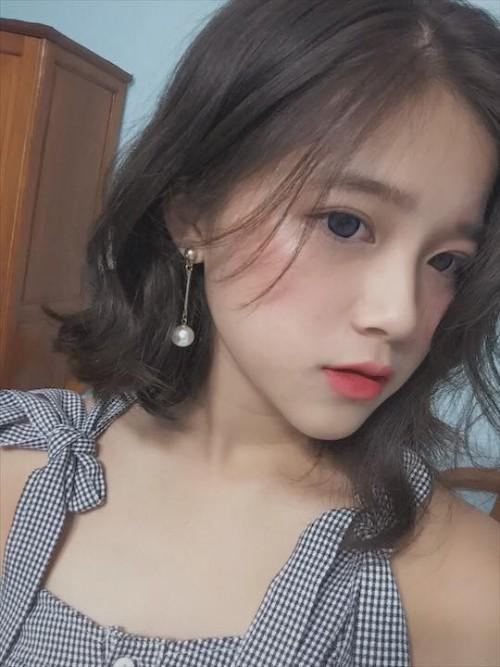 Nữ sinh 10X xinh xắn bỗng chốc nổi tiếng vì giống… hot teen ung thư Linh Ka - ảnh 5