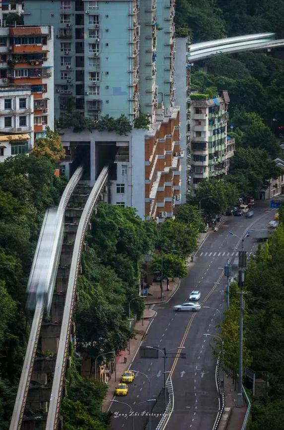 Thành phố thẳng đứng tại Trung Quốc - nơi khách du lịch chỉ đến 1 lần và không bao giờ quay lại - Ảnh 9.