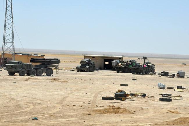 Pháo tự hành tung hoành trên chiến trường Syria - Ảnh 8.