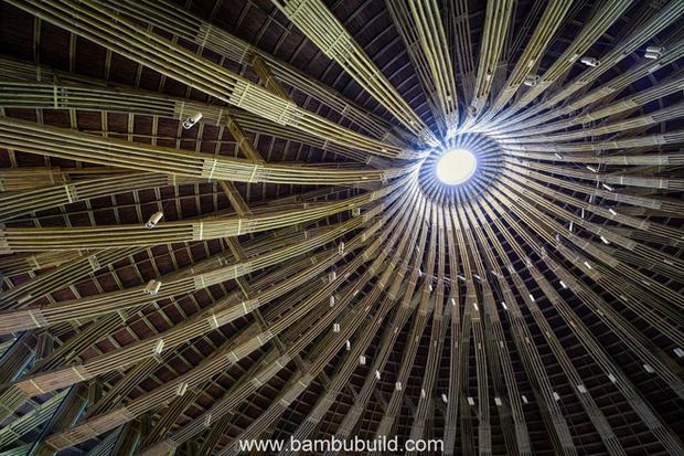 Nhà hàng hình nón làm từ 150.000 cây tre ở Kim Bôi khiến tạp chí kiến trúc Mỹ hết lời khen ngợi - Ảnh 9.