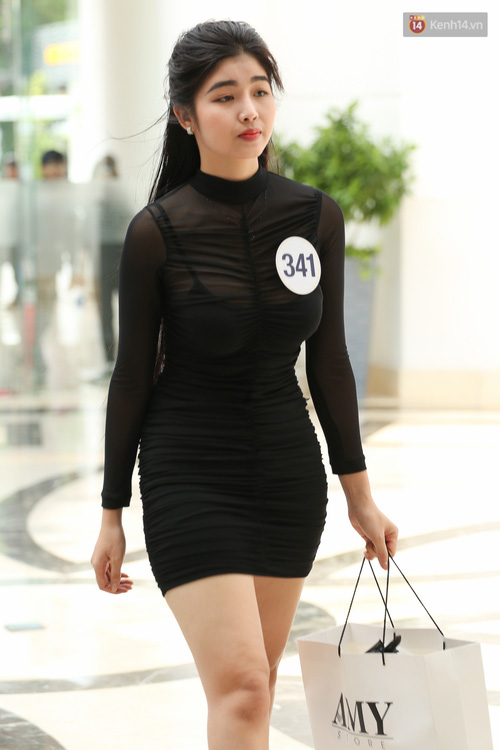 Ngỡ ngàng trước nhan sắc của nhiều thí sinh tham gia Hoa hậu Hoàn vũ miền Nam - Ảnh 9.