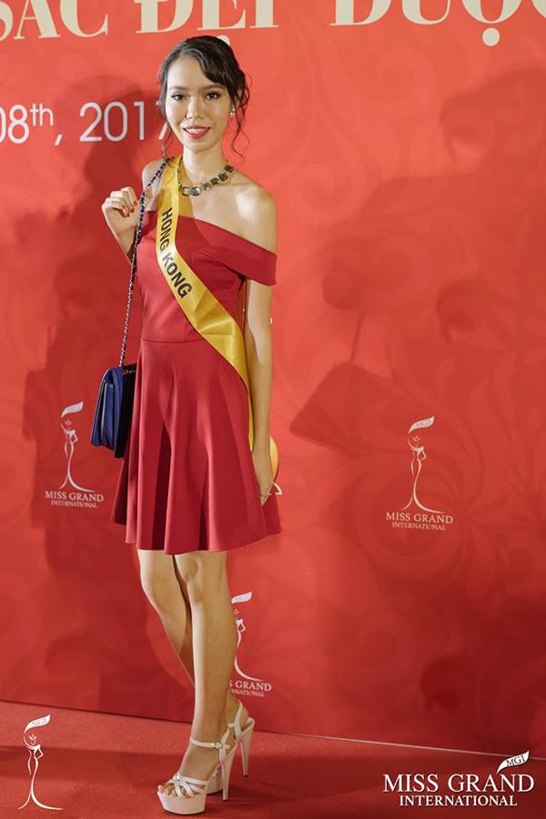 Xuất hiện Lan Khuê phiên bản lỗi tại Miss Grand International 2017 - Ảnh 10.
