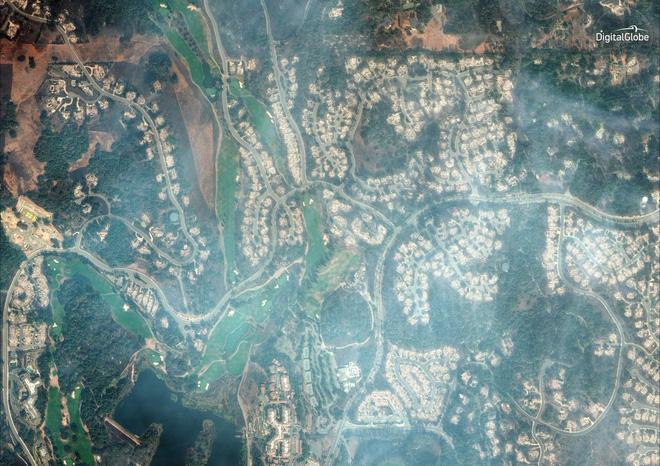 Mỹ: Toàn cảnh vụ cháy rừng khủng khiếp tại California qua những bức ảnh vệ tinh - Ảnh 9.