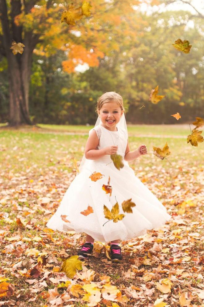 Cho con gái 5 tuổi chụp ảnh cưới, bà mẹ bị phản đối dữ dội nhưng khi biết sự thật, ai cũng nghẹn ngào bật khóc - Ảnh 9.