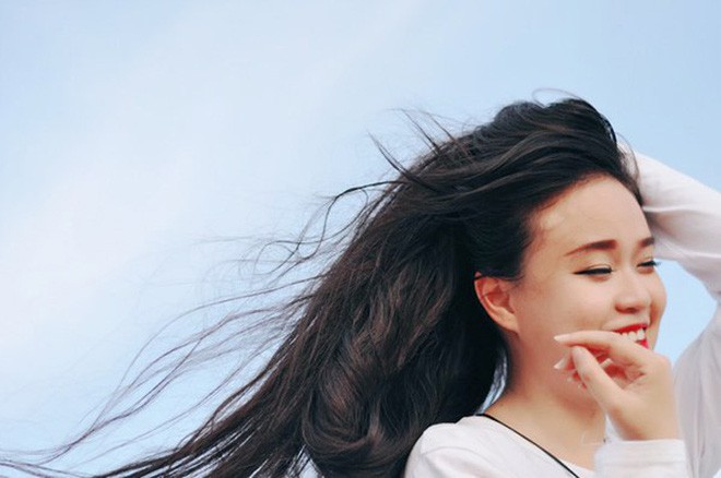 Cô gái Sài Gòn nuôi tóc dài 2m kiếm tiền triệu nhờ clip khoe tóc trên Youtube - Ảnh 9.