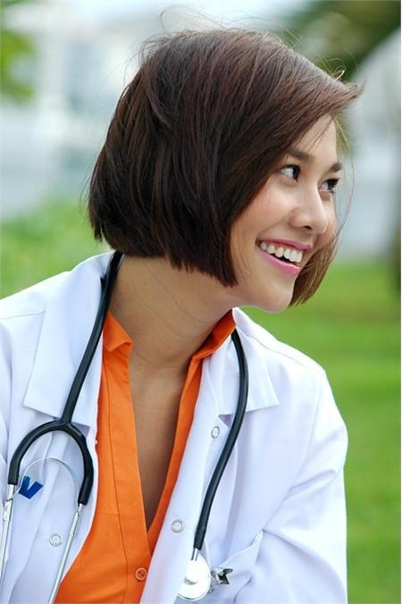 Thanh Hằng: 13 năm, 9 vai diễn và cuộc lột xác để trở thành nữ diễn viên ác nhất màn ảnh rộng - Ảnh 9.