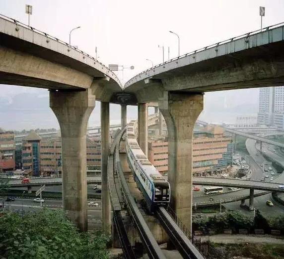 Thành phố thẳng đứng tại Trung Quốc - nơi khách du lịch chỉ đến 1 lần và không bao giờ quay lại - Ảnh 10.