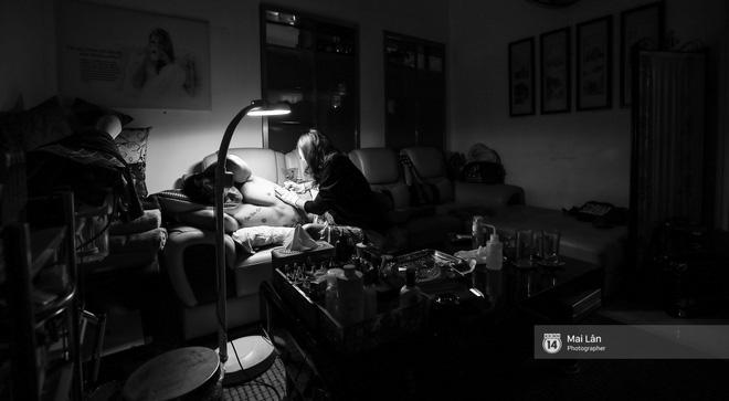 Nghe nữ thợ xăm 9X Hà Nội kể về những lần xăm trên vùng nhạy cảm của khách 10