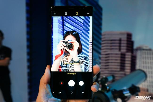 Samsung Galaxy Note8 chính thức ra mắt tại Việt Nam: Thiết kế ấn tượng, camera kép xóa phông chủ động, giá 22,5 triệu - Ảnh 10.
